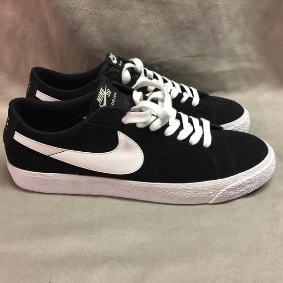 cd033a3f0da1 Nike SB Blazer Low Men Skateboarding Suede Sz 11.5.  M 5a52860ca44dbe8a32021d04